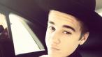 Justin Bieber si-a etalat trupul, iar fanele au reactionat pe masura.Cum arata cu adevarat corpul cantaretului