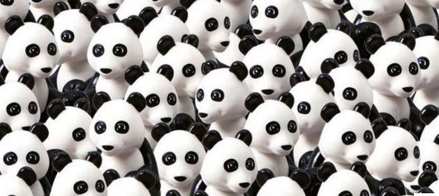 In aceasta multime de ursi panda se ascunde un intrus. Tu vezi unde este cainele din Lego?