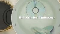 Dupa ce vezi acest VIDEO, cu siguranta vei incerca si tu. A bagat un CD in apa fiarta, iar rezultatul este fabulos