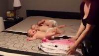 Cum s-a gandit o femeie sa isi filmeze copiii. A pornit camera video, iar ce a urmat i-a adus titlul de  mamica eroina