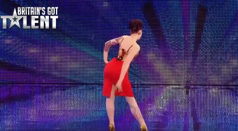 Top 5 cele mai  sexy  prestatii de la  Got Talent  din intreaga lume. Care iti place cel mai mult