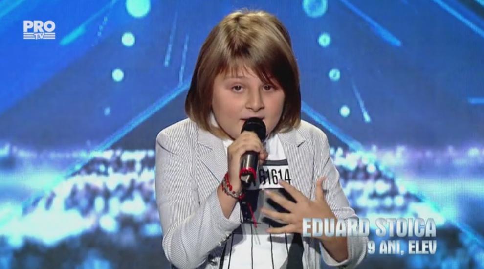 Publicul a amutit cand el a intrat pe scena! Are doar 9 ani, dar reuseste sa iti faca pielea de gaina cu vocea sa