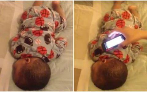 Si-a filmat baietelul in timp ce dormea, iar ce a urmat in secunda urmatoare a ajuns viral