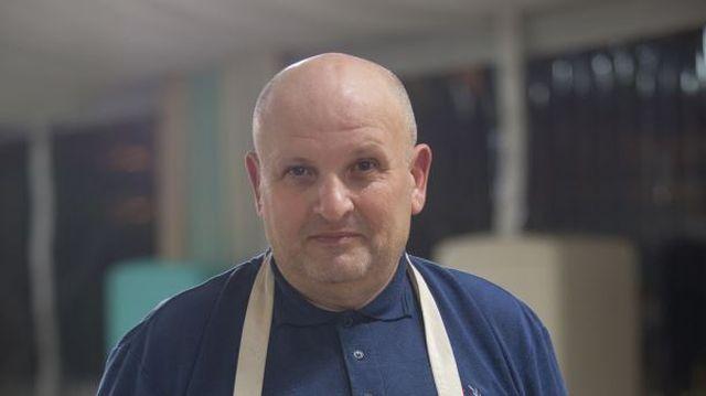 """""""A fost un mod de a sti ce trebuie sa fac pentru a ma perfectiona"""" Bake Off Romania prin ochii lui Petre Adrian Butoianu"""