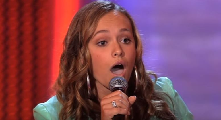 Poate fi sosia Christinei Aguilera! A mers la The Voice Kids si i-a luat 5 secunde sa ii faca pe jurati sa se intoarca