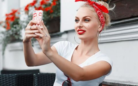 Ce spune carcasa telefonului tau despre personalitatea ta. Ce dezvalui despre tine fara sa iti dai seama