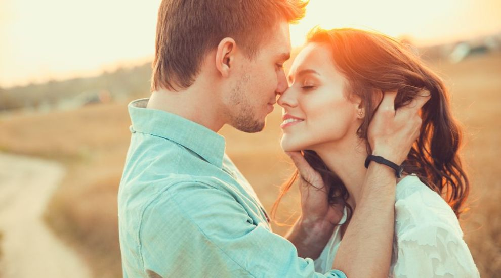 6  teste  pe care iubitul tau trebuie sa le treaca. Cum sa iti dai seama daca merita efortul sau iti pierzi timpul cu el