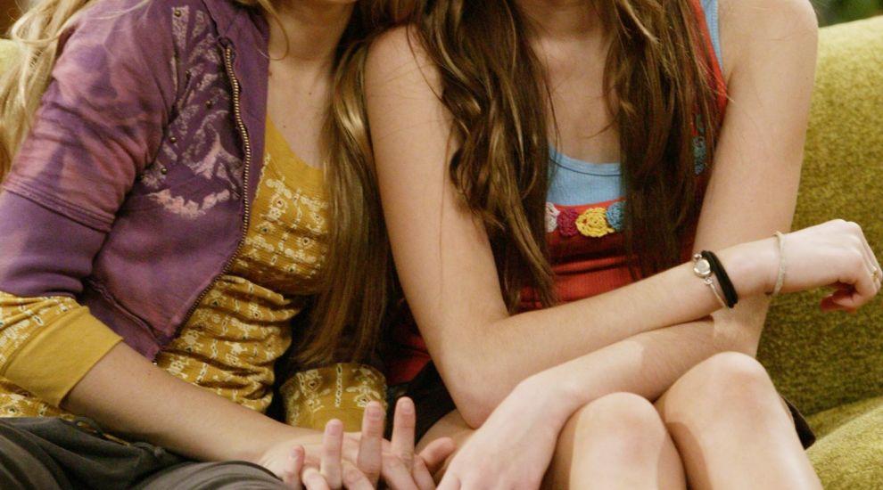 S-au implinit 10 ani de cand a fost lansat show-ul Hannah Montana. Mesajul postat de Miley Cyrus cu aceasta ocazie