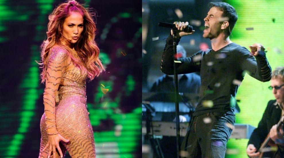 A avut o nunta la care au cantat J. Lo si Enrique Iglesias, inconjurati de lux. Cum arata rochia miresei miliardare