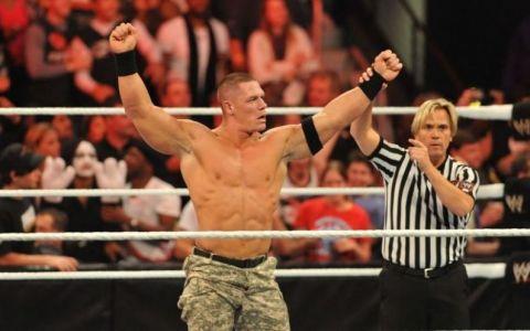 John Cena, superstarul din wrestling, si-a impresionat fanii de pe internet. Ce a facut - VIDEO