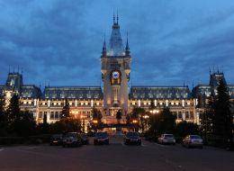 Palatul Culturii din Iasi a fost redeschis dupa 8 ani de restaurari si o investitie de 26 milioane de euro. Cum arata acum