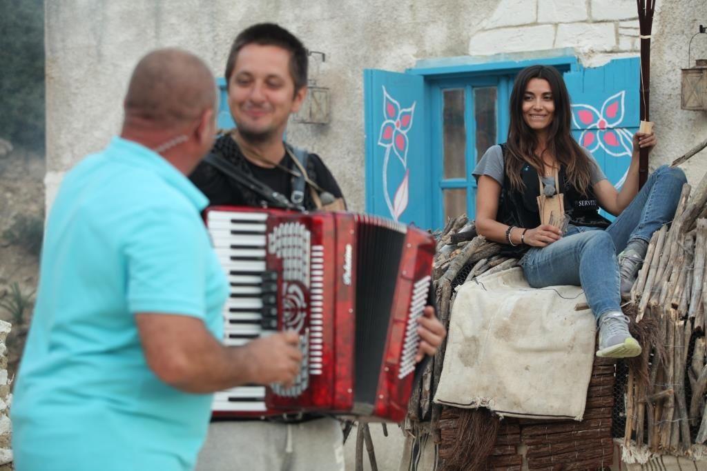 Saveta Bogdan a revenit in Cipru! Denis Stefan a preluat in aceasta saptamana conducerea la Ferma vedetelor