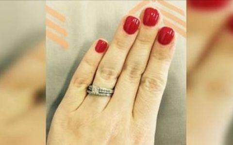 Au criticat-o pentru faptul ca a acceptat un inel de logodna foarte mic, iar raspunsul ei a devenit viral. Ce le-a spus