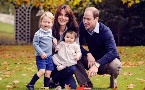 Motivul pentru care Ducesa de Cambridge isi imbraca copiii in acelasi tip de haine de mai multe ori. La ce concluzii au ajuns expertii