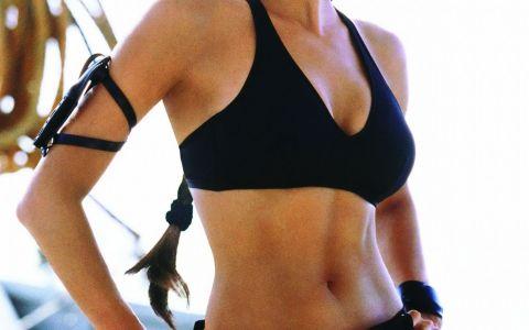 Ea o va inlocui pe Angelina Jolie in Tomb Rider. Cine e actrita care o va readuce la viata pe Lara Croft