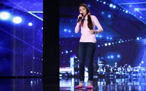 Laura Bretan merge direct in finala Romanii au talent!