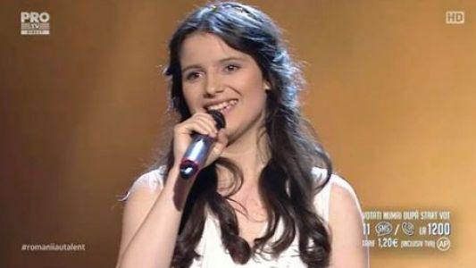 Romanii au talent 2016 - Semifinala 1: Mara Pruna - Interpreteaza o compozitie proprie
