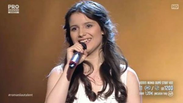 Romanii au talent 2016 - Semifinala 1: Mara Pruna - Interpreteaza o compozitie proprie