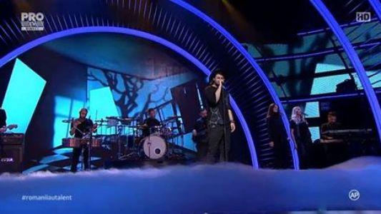 "Romanii au talent 2016 - Semifinala 1:  Smiley - Interpreteaza piesa ""Insomnii"""