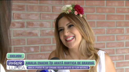 Amalia Enache isi arata burtica de gravida