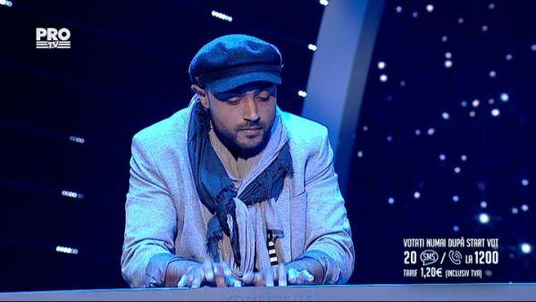 Romanii au talent 2016 - Semifinala 2: Ionut Scripcaru - Interpreteaza o piesa la pian