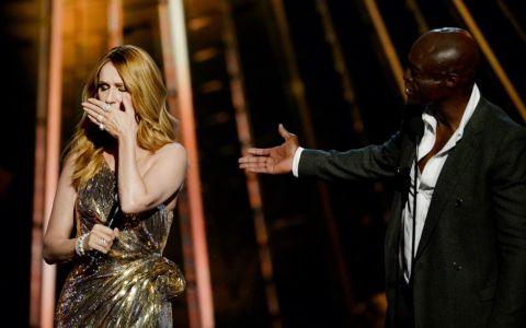 Celine Dion, aparitie emotionanta. Ce a facut-o pe cantareata sa izbucneasca in plans cand a primit premiul