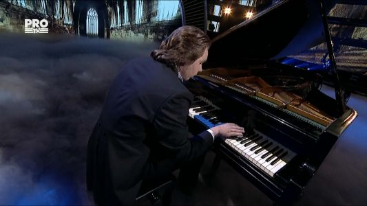 Romanii au talent 2016 - Semifinala 5: Stefan Buzdugan - Interpeteaza la pian melodia Scherzo No. 2 (Chopin)