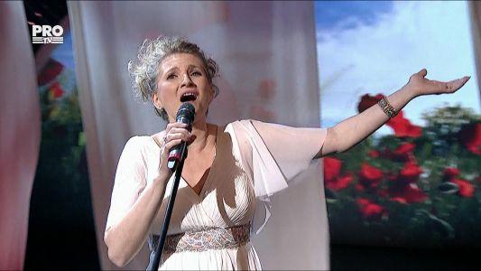 """Romanii au talent 2016 - Semifinala 5: Mihaela Viorela Hasuna - Interpreteaza piesa """"Now we are free"""""""