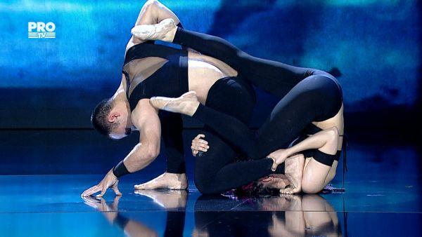Romanii au talent 2016 - Semifinala 5: Free Balance - Acrobatie si dans