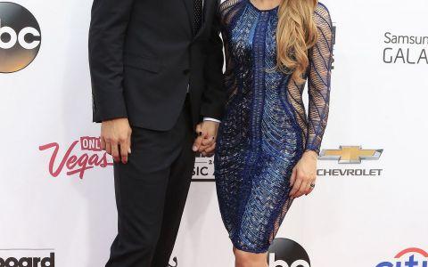Aparitie rara pentru Shakira, alaturi de familia ei. Cum a fost fotografiata vedeta la plaja