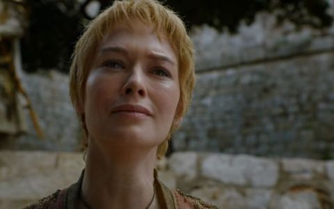 Lena Headey, nemachiata, in sandale si pantaloni scurti. Cat de diferita e actrita cand nu joaca rolul lui Cersei Lannister