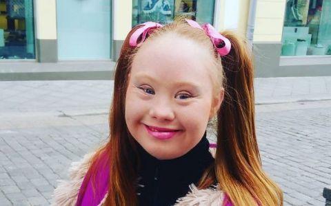 Iti mai amintesti de tanara cu Sindrom Down care a devenit model? Vestea senzationala primita de Madeline Stuart. Ce s-a intamplat