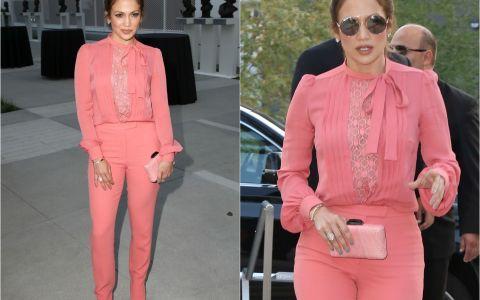 Jennifer Lopez, cea mai eleganta aparitie de anul acesta. Tinuta sexy si feminina, care i-a impresionat pe fanii ei