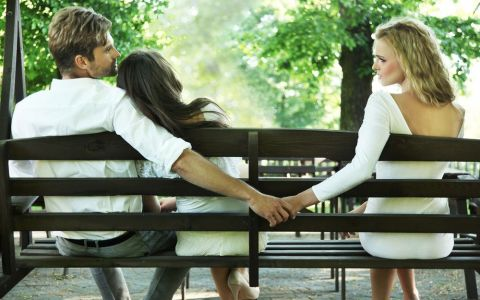 Cele 9 semne fizice dupa care recunosti un infidel