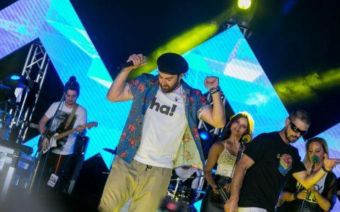 Smiley si artistii HaHaHa Production s-au auzit live deasupra Bucurestiului, la ProFM OnTop!