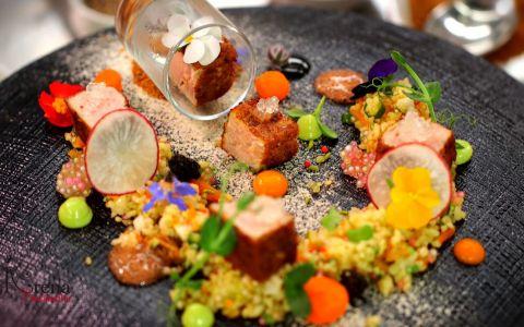 Reteta  Arena bucatarilor : Salata de ton cu fructe uscate, tapioca si bulgur