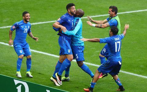 Italia - Spania 2 - 0. Italienii se califica in sferturi si urmeaza sa joace intr-un super meci cu Germania VIDEO