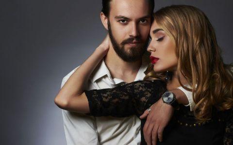 6 lucruri pe care nu te astepti ca barbatii sa le adore. Ce te face sa fii sexy in ochii lor