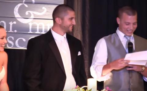 Fratele miresei l-a facut pe mire sa rada cu lacrimi la propria nunta! Ce a spus la minutul 2:08 este GENIAL