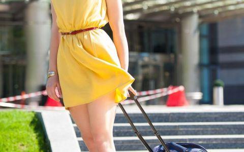 Obiecte vestimentare care nu trebuie sa-ti lipseasca din bagaj atunci cand pleci in vacanta