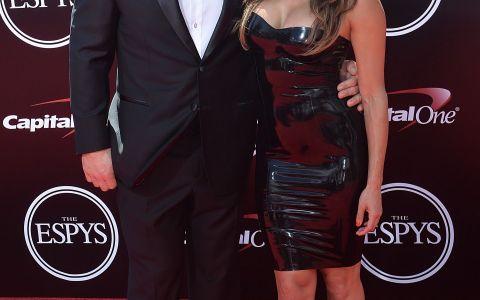 John Cena si Nikki Bella, extrem de sexy la gala premiilor ESPY. Cat de bine arata femeia intr-o rochie neagra