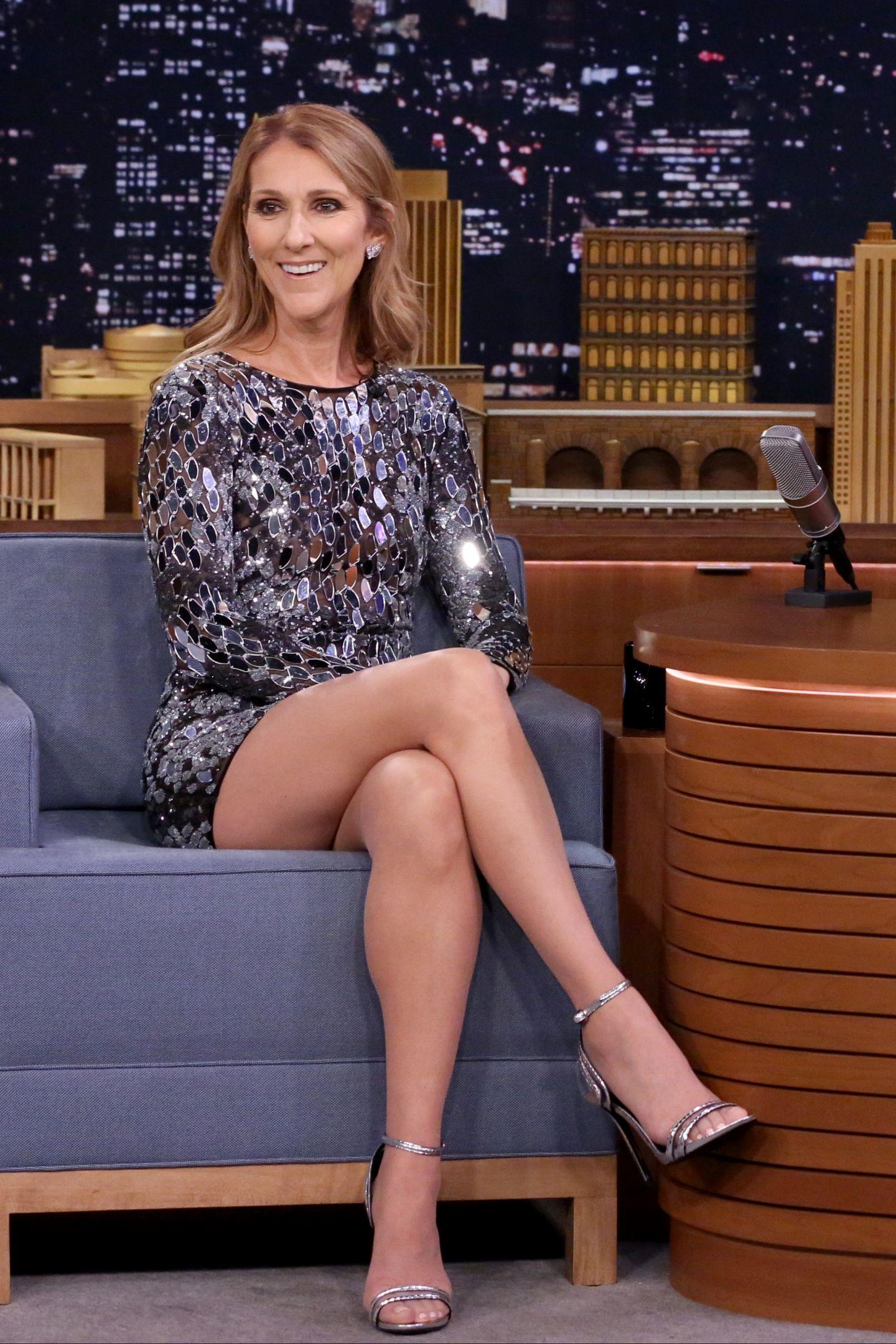 PRO TV - Trup de adolescenta, picioare de model. Cat de