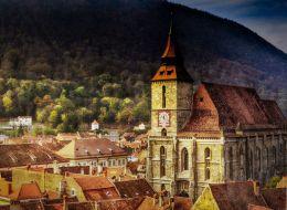 Meseria de ghid a redevenit atractiva. Biserica Neagra din Brasov a cerut ajutorul unor elevi pasionati de istorie