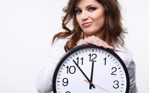 Ti se intampla sa te trezesti in fiecare noapte la aceeasi ora? Este un semnal de alarma! Ce iti transmite corpul tau