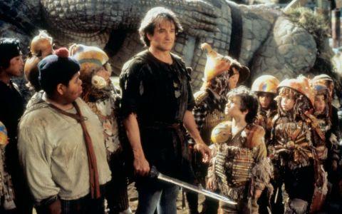 Baietii Pierduti din filmul  Hook , la 25 de ani de la premiera. Cum arata actorii care au invatat tot ce stiu de la regretatul Robin Williams