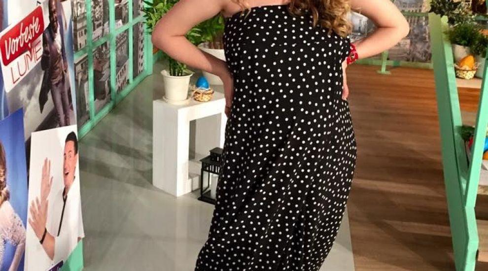 Adela Popescu si-a cucerit definitv fanii. Cum arata cu look-ul vedeta al anului 2016