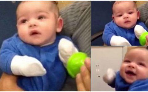 Un baietel isi aude clar mama pentru prima data. Reactia lui dupa ce i se monteaza aparatul auditiv face mai mult decat o mie de cuvinte