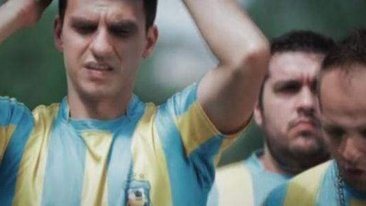 Atletico Textila, cea mai amuzanta echipa de fotbal din Romania, revine cu sezonul 2! Ovidiu Oanta va fi martorul eliberarii din penitenciar a lui Nea Gica!