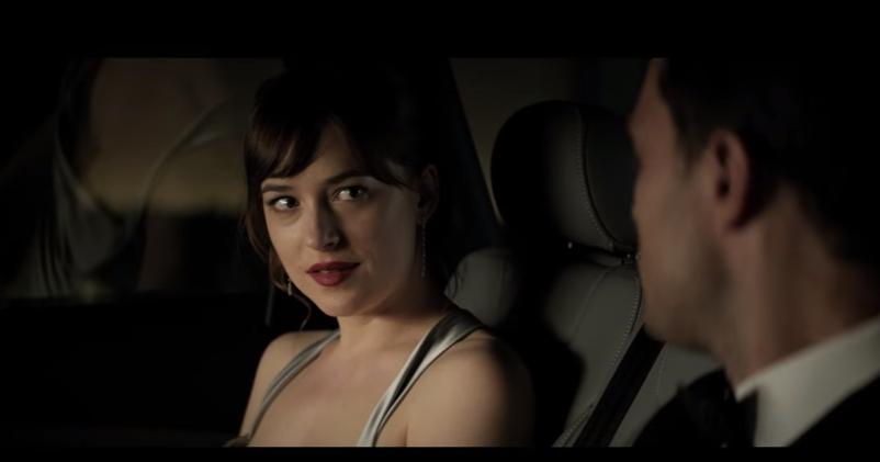 Filmul departe de lumea dezlantuita online dating 1