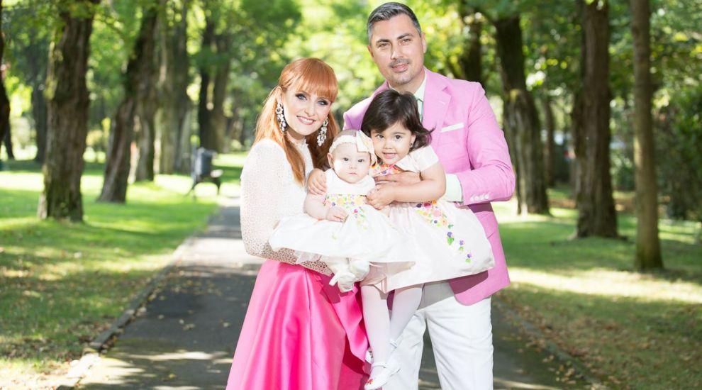 Alaturi de peste 200 de apropiati ai familiei Ciucu, Ana Raisa Ciucu a avut un botez cu printese si zane